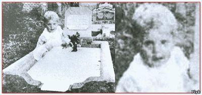 Призрак сфотографированный на могиле