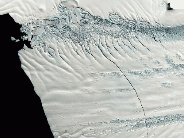 Разлом в Антарктике