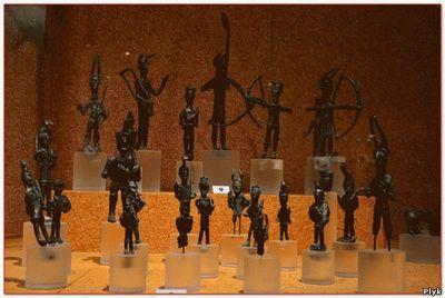 Статуэтки - бронзетки найденные в башнях нураги