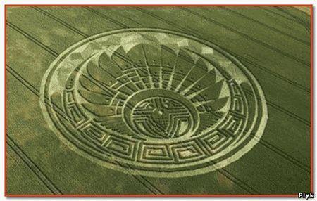Круги на полях все чаще появляются, а их изображения становятся все детальней и сложней