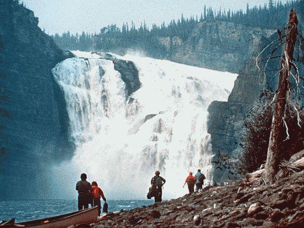 Зона аномалий Долина безголовых Канада